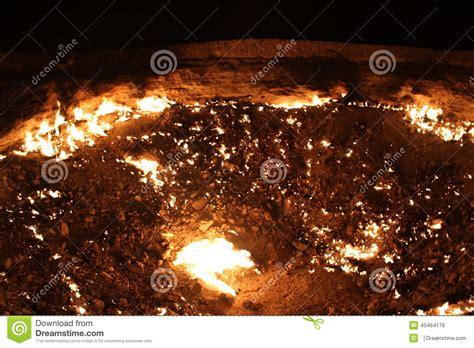 pit turkmenistan gates of hell turkmenistan gas pit stock photo image