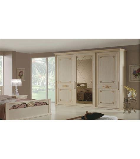 armadio ante scorrevoli a specchio armadio epoca 3 ante scorrevoli con specchio spazio casa