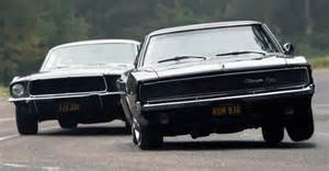 Dodge Charger Vs Mustang 2014 Charger Vs 2014 Mustang Autos Weblog