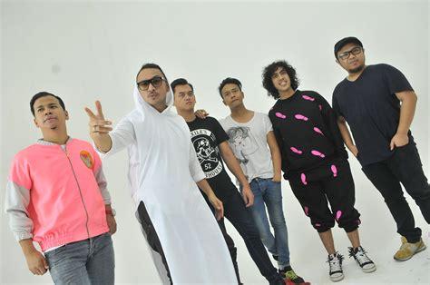 download lagu ost film layar lebar indonesia kembali rambah soundtrack nidji bikin lagu untuk film