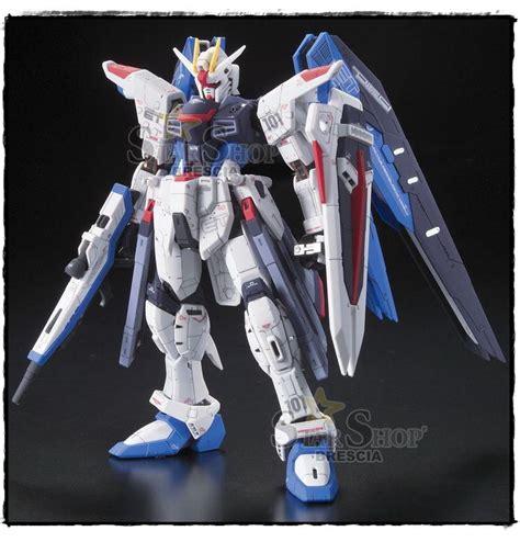 Bandai Gundam Real Grade Kits 1 144 Rg Zeta Gundam Murah gundam 1 144 zgmf x10a freedom real grade model kit rg
