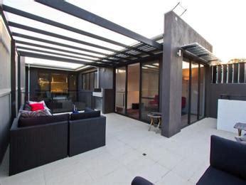 enclosing a pergola outdoor area ideas with pergola