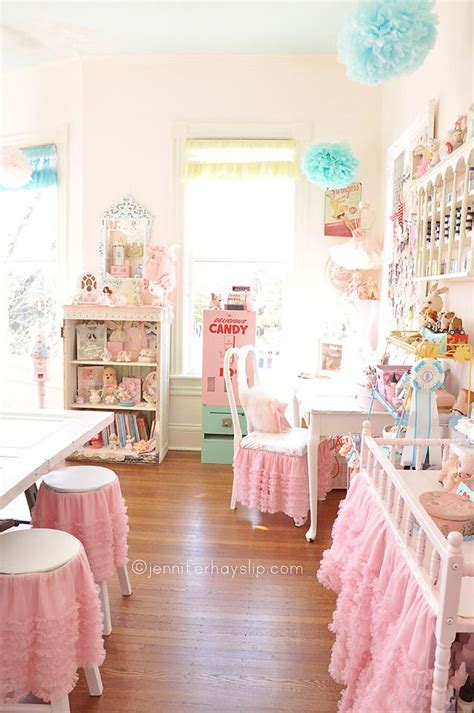 jennifer hayslip s shabby chic craft studio craft spaces i love pinterest