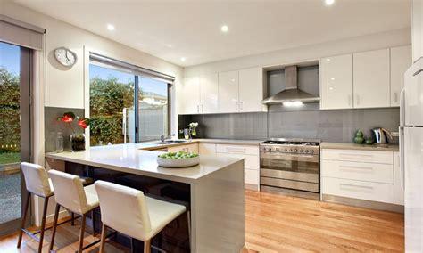 modern u shaped kitchen design using floorboards kitchen modern u shaped kitchen design using floorboards photo