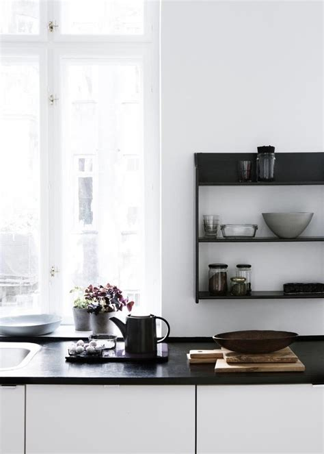 2014 kitchen trends open shelving glass front cabinets the latest 2014 kitchen design trends destination living