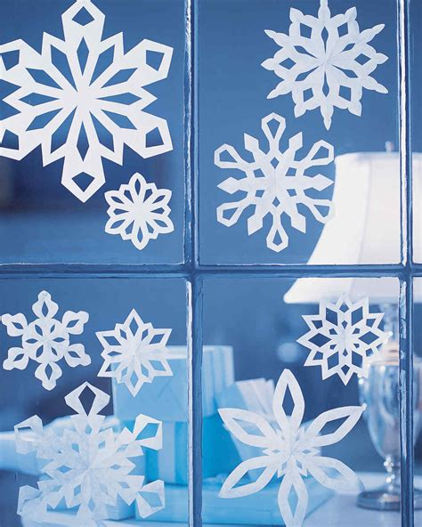 How To Make Paper Snowflake Decorations - how to make paper snowflakes martha stewart