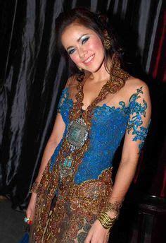 Miss Olla Dress model kebaya modern artis olla ramlan model kebaya