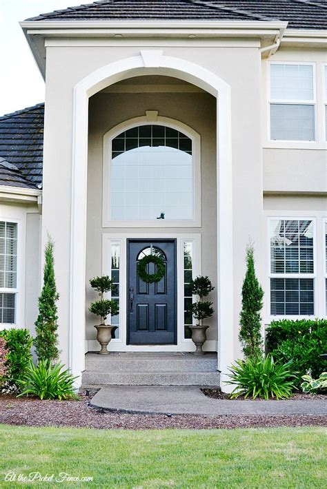 front door stories 25 best ideas about stucco exterior on stucco
