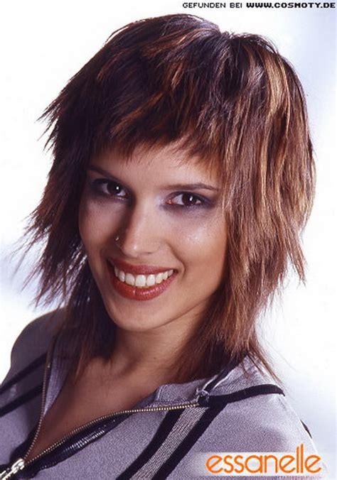 Langhaarschnitt Damen Fransige Frisuren Mittellang