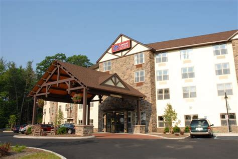 comfort suites ny comfort suites lake george ny where to stay pinterest