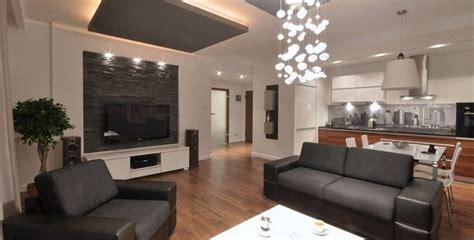 verblendsteine wohnzimmer modernes wohnzimmer mit dunklem sofa einrichten 55 ideen
