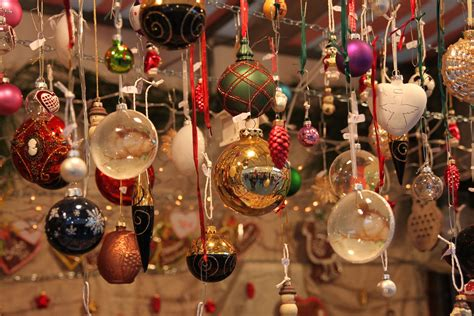which christmas decoration is the best in italy italian 101 how to say merry and happy new year