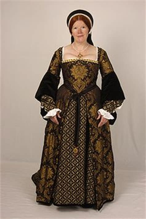 Dress Mikhaila 1000 images about historical dresses on tudor