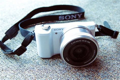 Kamera Sony Mirrorless A5000 5 kamera mirrorless murah meriah cocok untuk kantong mahasiswa oketekno