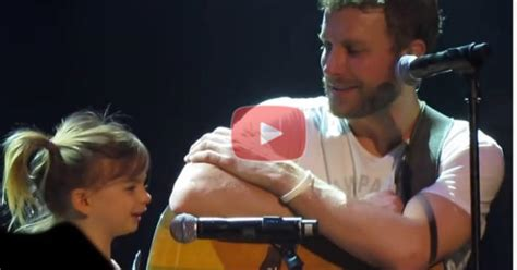 dierks bentley evelyn day bentley dierks bentley singing thinking of you with his daughter jpg