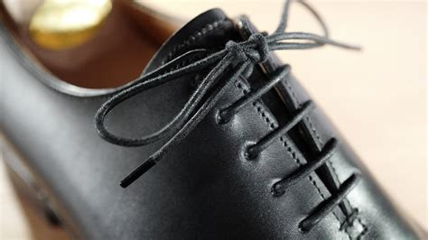 how to lace tie dress shoes