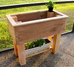 Elevated Cedar Planter Box by White Elevated Planter Box Diy Projects