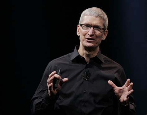 apple ceo apple s tim cook says nsa does not have access to their