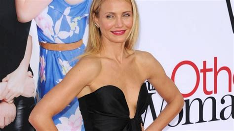 Cameron Diazs New Is Wired The Entertainment by Cameron Diaz Keen To Get Fully On 1 News Now