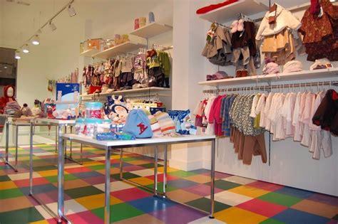 muebles tienda de ropa muebles necesarios para una tienda de ropa obtenga ideas