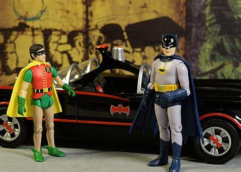 funko 66 batman robin batmobile review