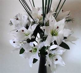 white tiger artificial flower arrangement spray in