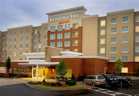 hotels with kitchens in atlanta