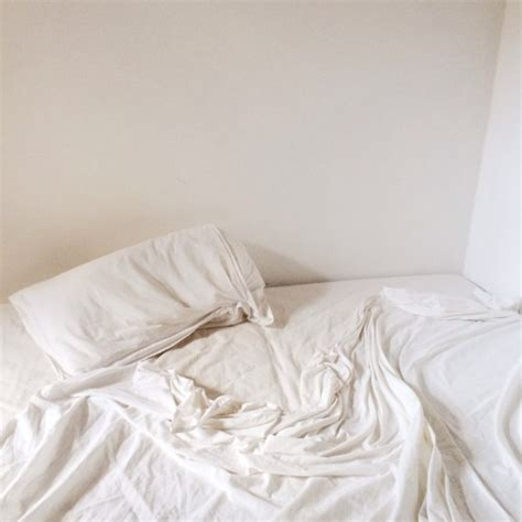 white bed sheets tumblr white bed sheet tumblr