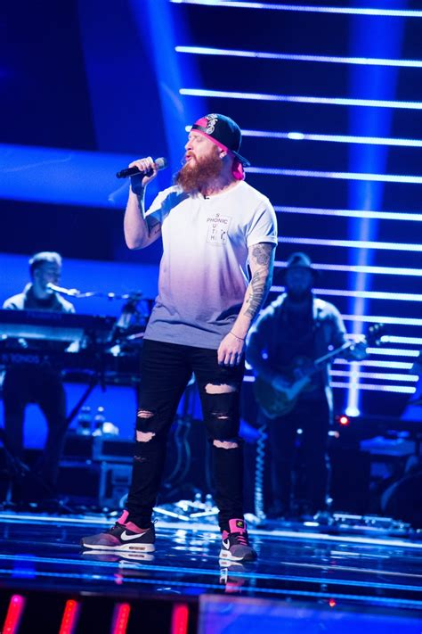 Blind Voice Pictures See The Voice Uk 2017 Second Blind Auditions On