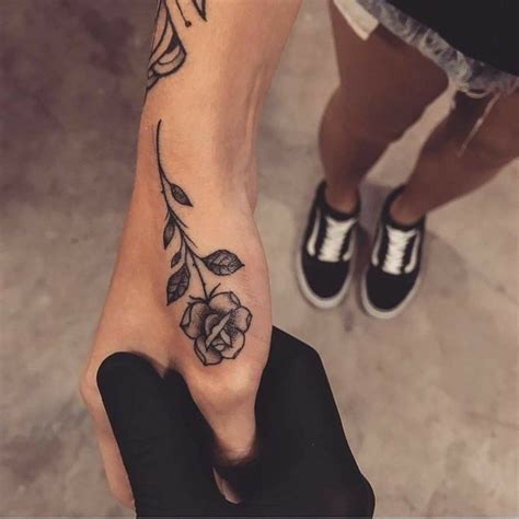 tattoo on hand pinterest best 25 hand tattoos ideas on pinterest finger tattoos