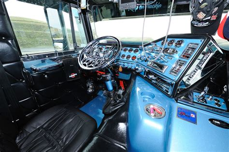 semi truck seats canada cabover on