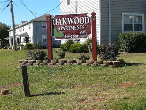 Oakwood Appartments by Oakwood Apartments Low Income Apartments