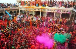 Colorful holi celebrations kick off in india photos