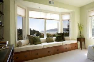 bay window seating how to utilize the bay window space