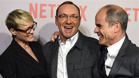 the cast of house of cards house of cards creator cast on season 4 s quot big questions quot the hollywood reporter