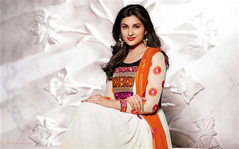parineeti chopra  wallpapers hd wallpapers id