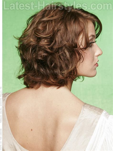 haircuts curly hair medium length medium curly layered hairstyles