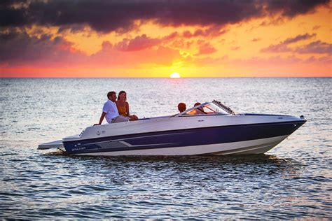 bayliner boats website bowrider series bayliner boats