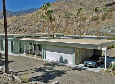 The Garage Palm Springs by Palm Springs Home By Hector Romero Interior Design Houston