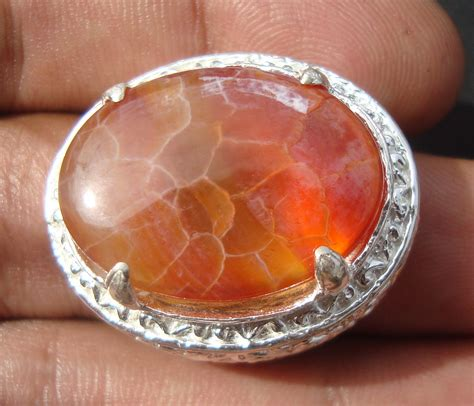 Batu Sisik Naga Warna Oranye 10 warna batu sisik naga yang paling menarik merahputih