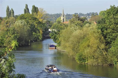 thames river cruise marlow the story of the river geographical