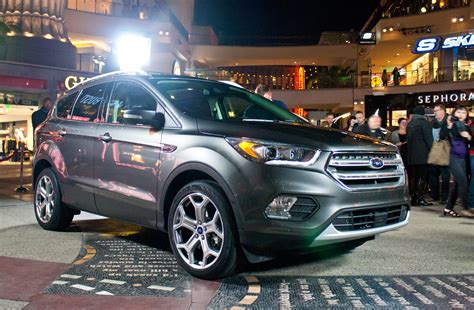 2017 Ford Escape: 4 Things You Need to Know About the