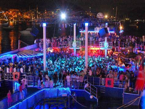 catamaran club bodrum turkey katamaran disko