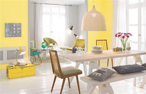 farben im wohnraum welche farben passen zusammen alpina farbe wirkung