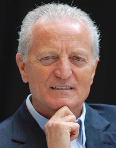 versace ufficio sta regione calabria il presidente oliverio ha incontrato