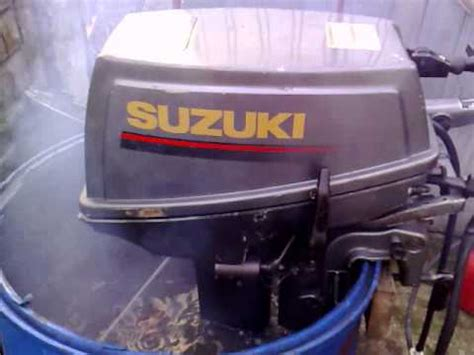 15 Hp Suzuki 2 Stroke Outboard How To Clean 6hp 8hp 9 9hp 15hp Suzuki 2 Stroke Outboar