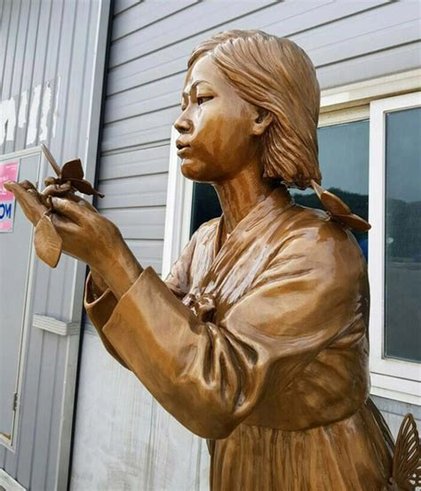 korean comfort women statue comfort woman statues spread as liberation day nears