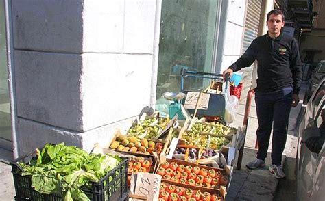 popolare mezzogiorno palermo blitz anti ambulanti foto giorno corriere