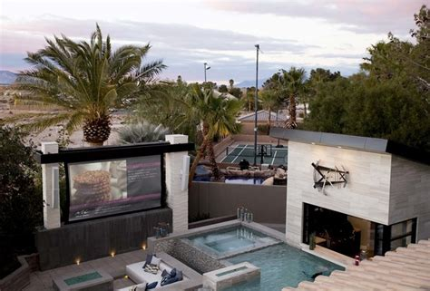 drew and jonathan scott house property brothers choose las vegas for dream home