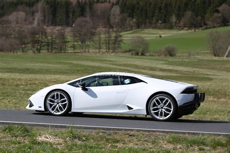 2017 lamborghini huracan superleggera spied shows new gt3
